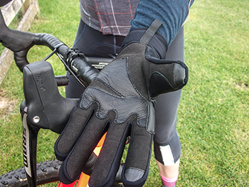 cafe du cycliste mid-season gloves