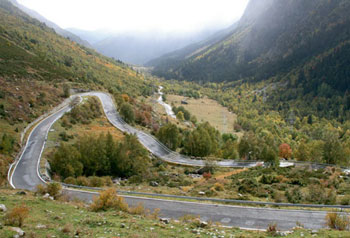 rapha guide to the pyrenees