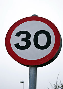 30mph speed sign