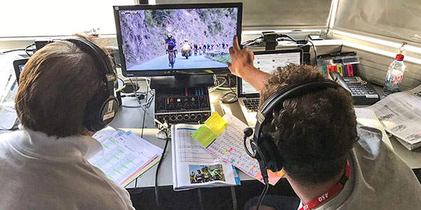 cycling commentary box