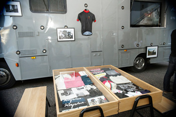 rapha mobile cycle club