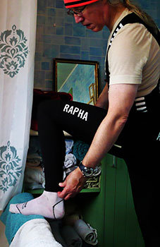 rapha pro team winter tights with pad