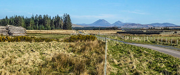 the paps of jura from avonvoggie
